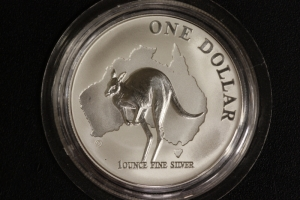 1 $ Känguru 2000 AG