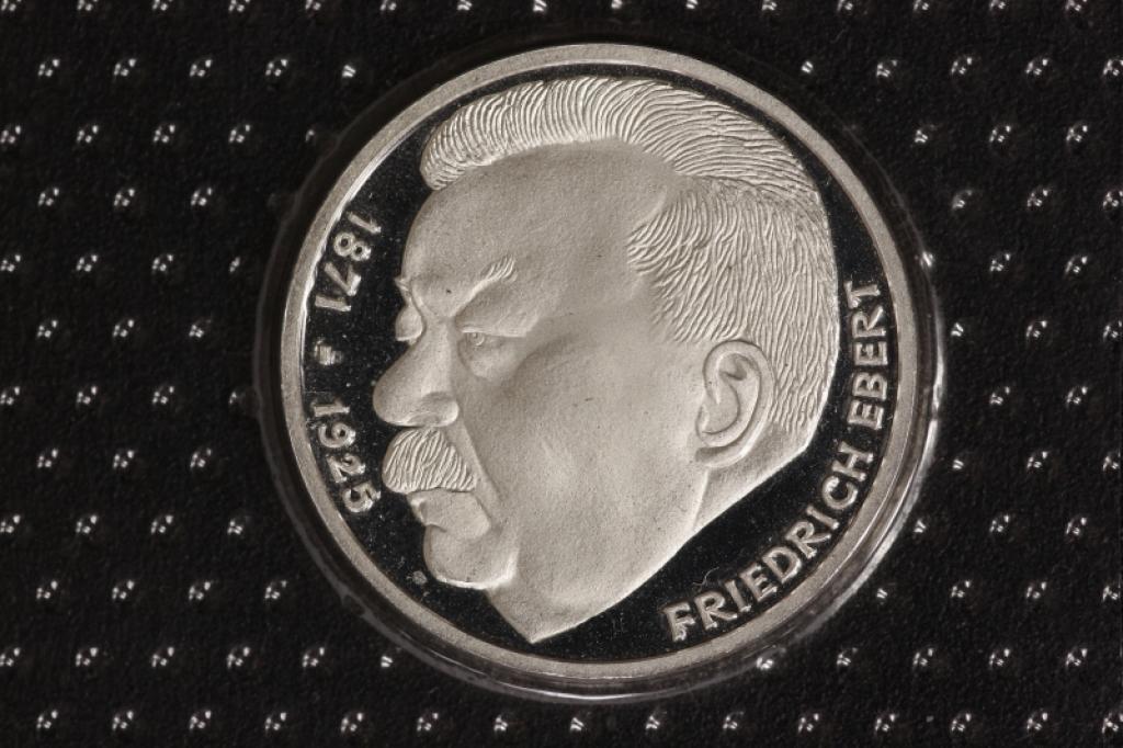 5 Dm Friedrich Ebert Pp