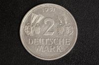 2 DM 1951 J