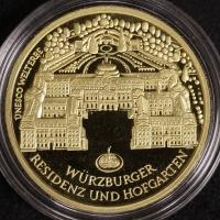 100 ¤ 2010 - F Würzburg